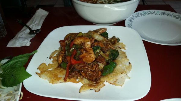 panfried rice noodle combo, one of my favorites on the menu.