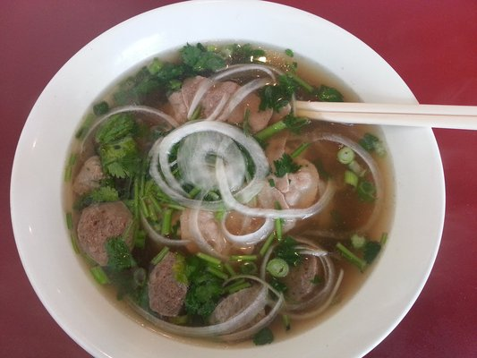 Pho with Round Eye and Meatballs
